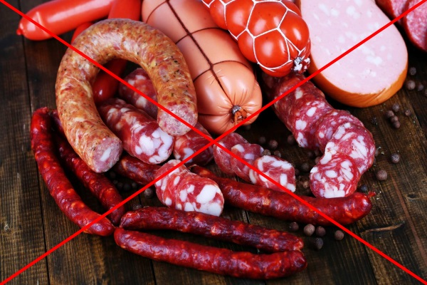 Колбасы и копчености находятся под запретом