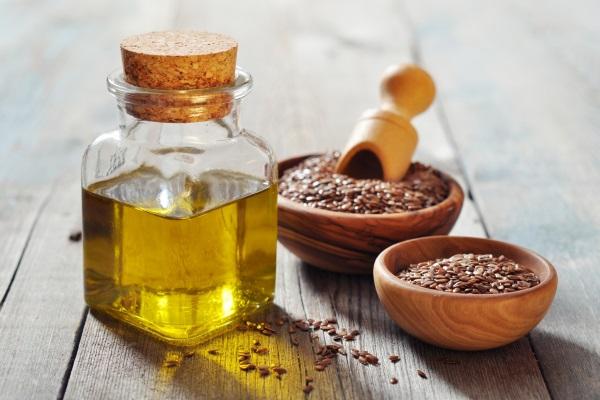 Польза льняного масла для организма человека огромна
