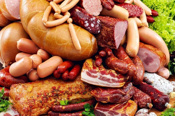 Сосиски и колбасы